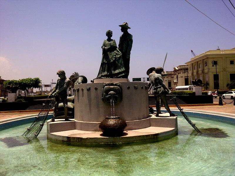 Fuente de los Jarcohos En El Municipio De Veracruz